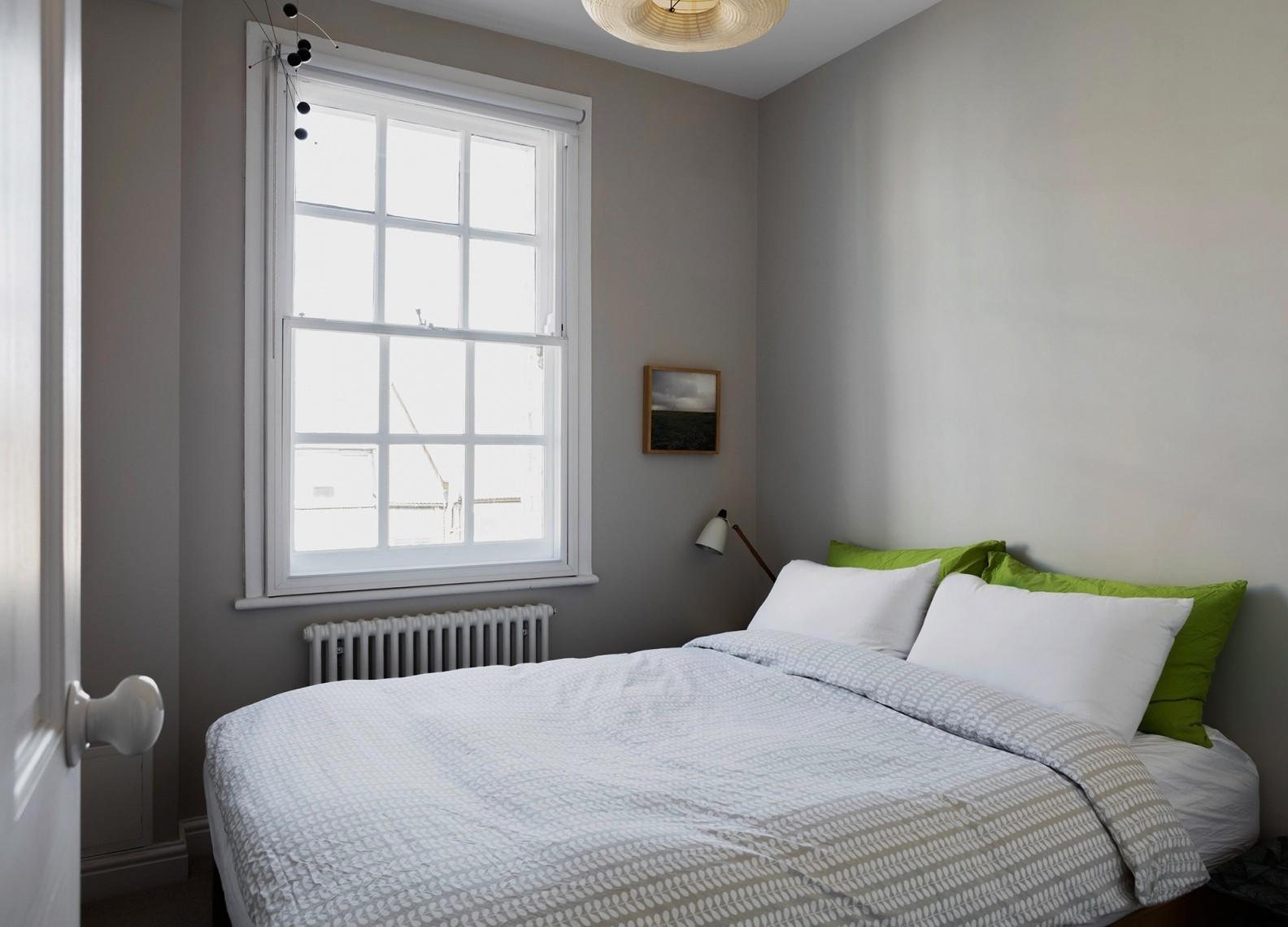 tsveten-i-funktsionalen-interior-za-malak-semeen-apartament-45-m-8g