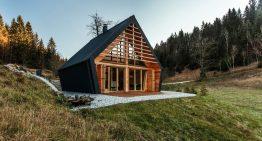 Прелестна къща в Словения с дървен интериор и екстериор